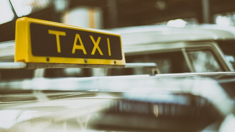 В Киеве таксист отомстил пассажиру необычным способом