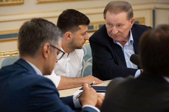 """Украина подписала """"формулу Штайнмайера"""": все подробности"""