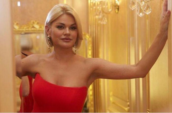 Певица Ирина Круг выложила в Сеть нескромное ФОТО. Поклонники в восторге от ее бюста