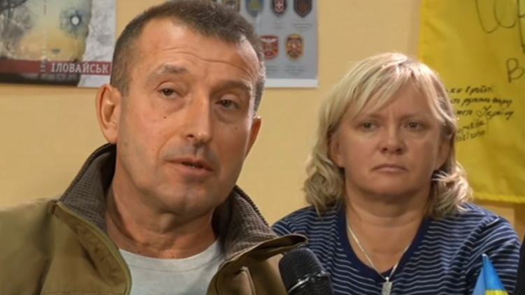 """""""Волонтер"""" из Донбасса, выступивший против отвода ВСУ, оказался верным соратником Порошенко"""