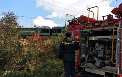 В Черновицкой области на ходу загорелся поезд. ВИДЕО