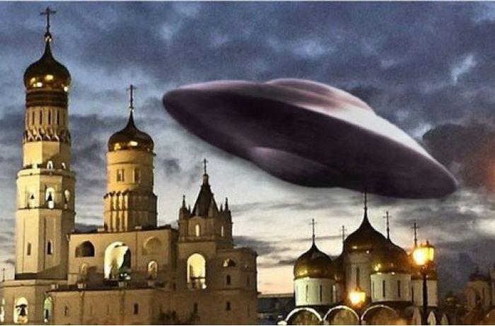 Над московскими храмами зависают НЛО: священники в шоке