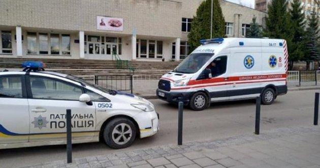 Под Одессой старшеклассники год насиловали 12-летнего школьника: детали зверской истории