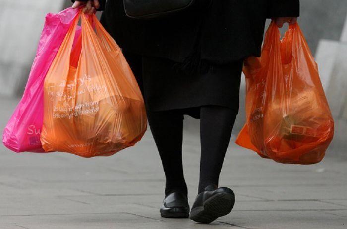 """""""Пластиковые"""" магнаты в Украине могут потерять свои деньги"""