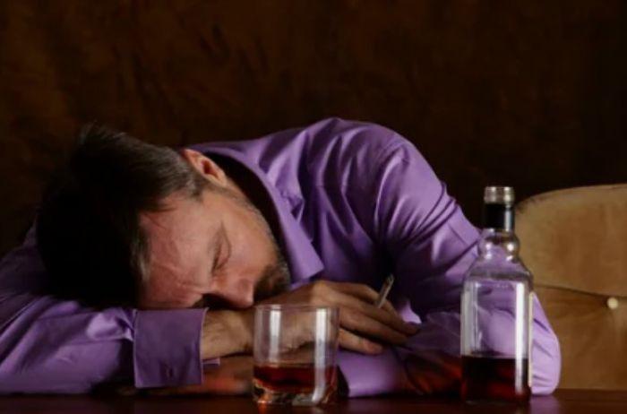 При этих заболеваниях употреблять алкоголь категорически противопоказано