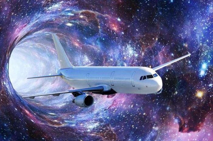 Дыра во времени: к удивлению пассажиров самолет вернулся в 2019-й. ФОТО