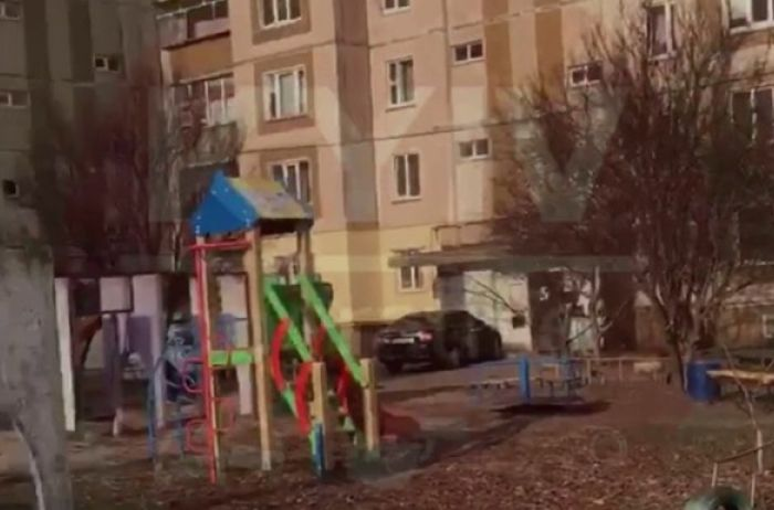В Киеве неизвестный заминировал детскую площадку. ВИДЕО