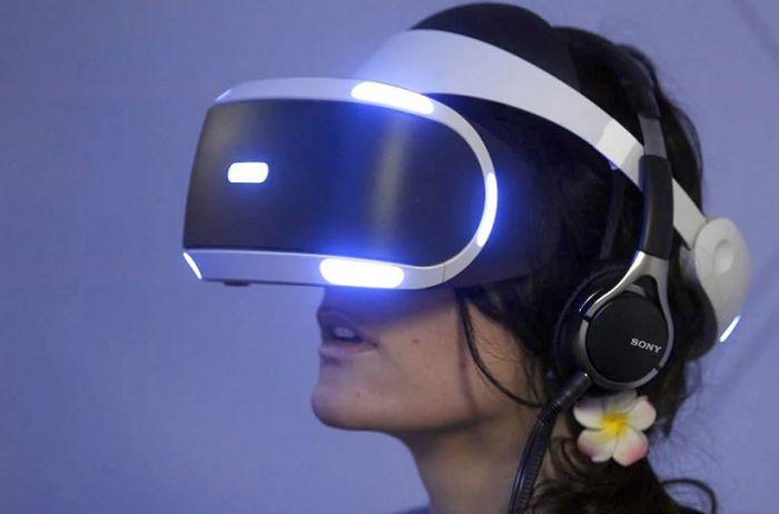 Женщине удалось встретиться в виртуальной реальности с умершей дочерью. ВИДЕО