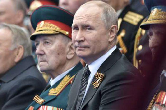 Портников: У Путина есть единственная возможность заманить в Москву мировых лидеров