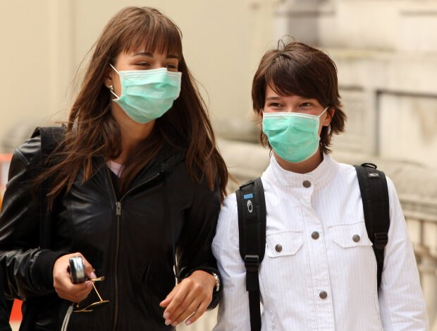 Как грамотно медицинскую маску, чтобы спастись от коронавируса