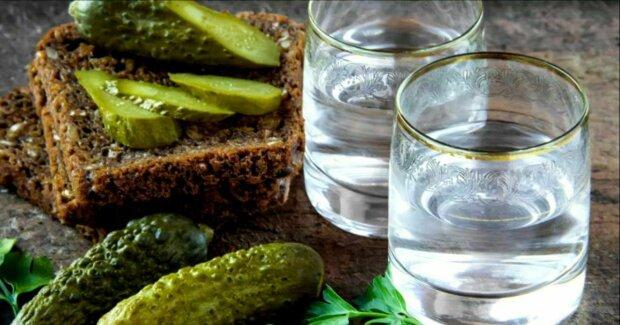 Чтобы не угробить себя: чем нельзя закусывать алкоголь