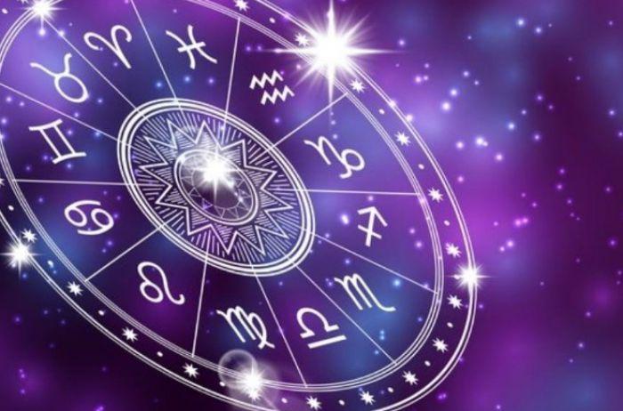 У Рыб – удачное время для покупок: гороскоп на 27 марта