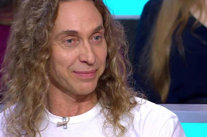 Без бицепсов и длинных волос: так выглядит старший брат Тарзана