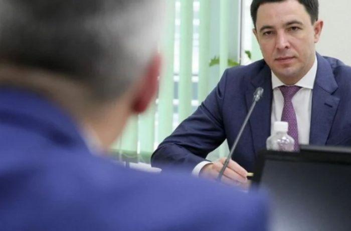 Депутат Киевсовета матерными словами объяснил правила карантина. ВИДЕО