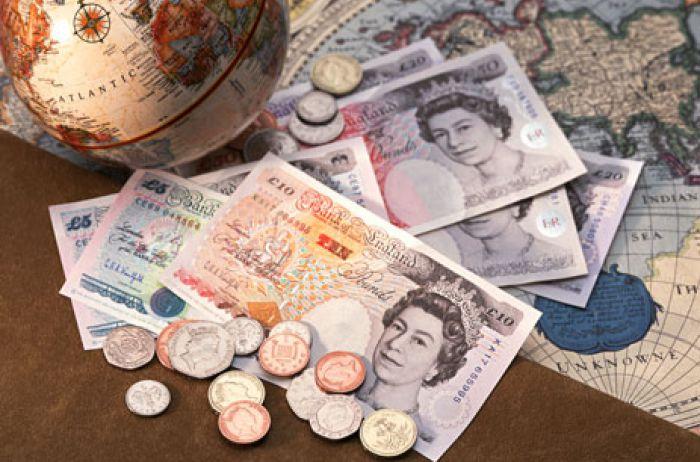 Британия выплатит 60 тысяч фунтов семьям медиков, умерших от коронавируса