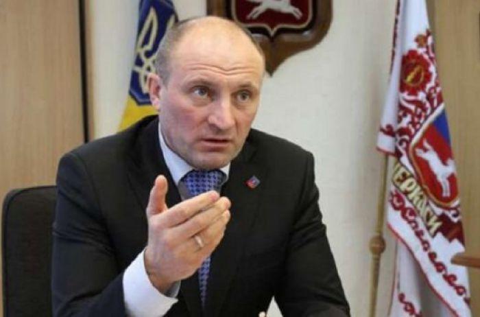 Скандал с продолжением: мэр Черкасс собрался проучить завравшегося Зеленского