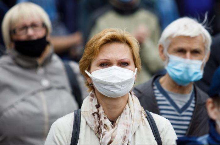 За прошедшие сутки в Украине заразились почти 500 человек