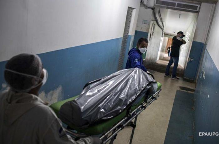 ЦОЗ фиксирует резкий рост смертности в Украине