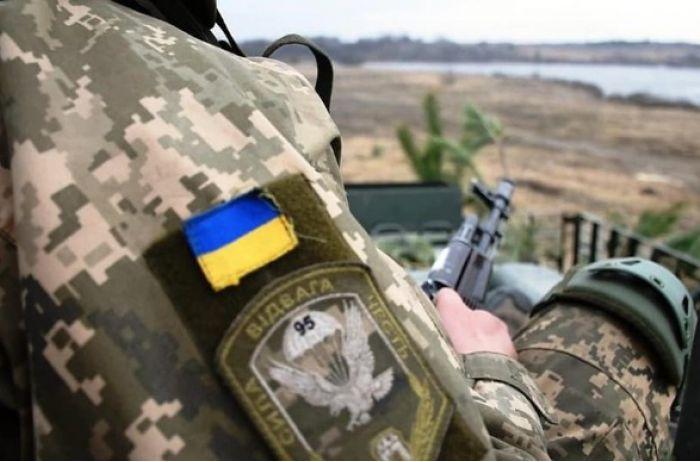 За сутки на Донбассе ранен один украинский военнослужащий