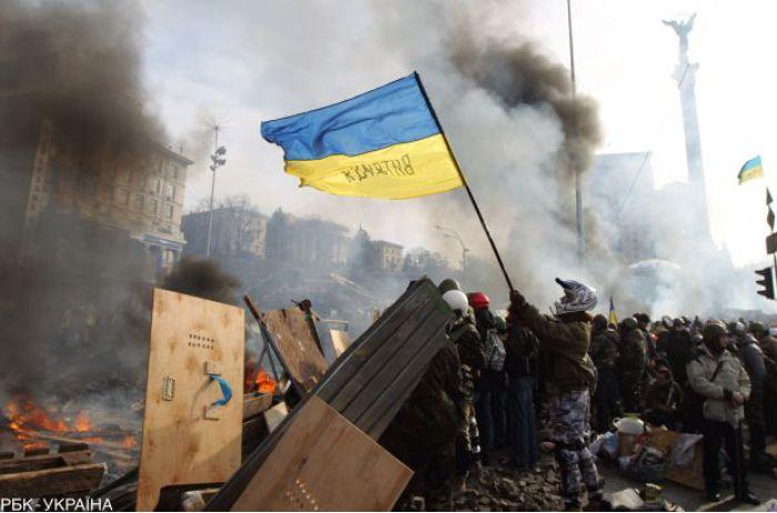 Полиция сообщила о подозрении экс-следователю по делу Майдана