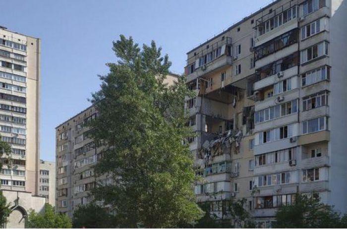 Взрыв дома в Киеве: Аваков назвал основную версию, газовщики оправдываются