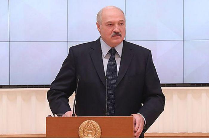 Лукашенко заявил о вмешательстве России в дела Беларуси