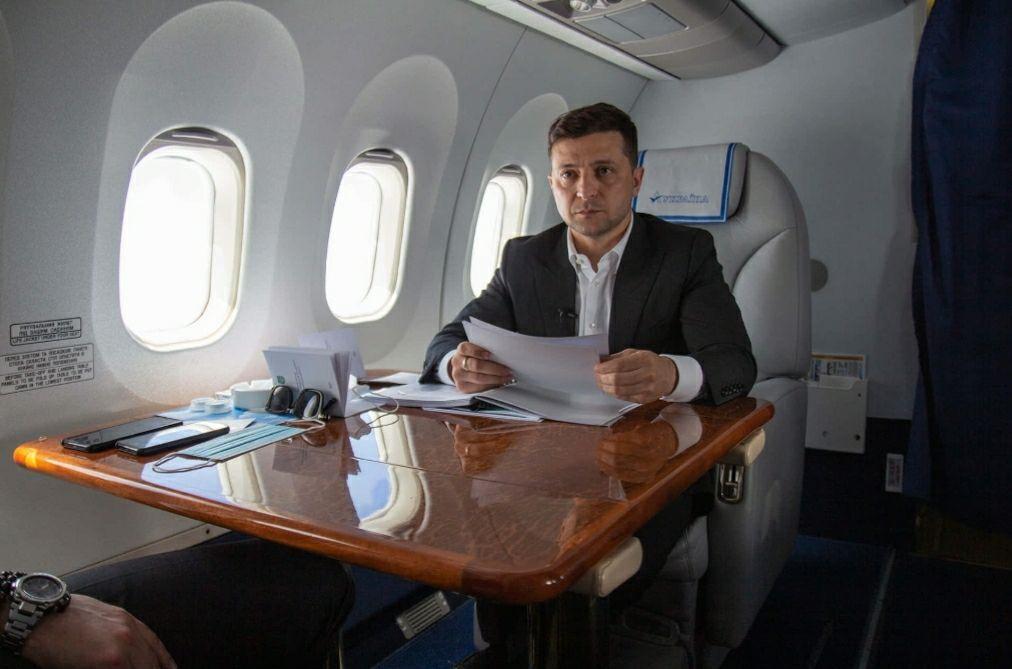 Президент рассказал, стыдно ли ему за шутку «95 Квартала» об Украине-проститутке