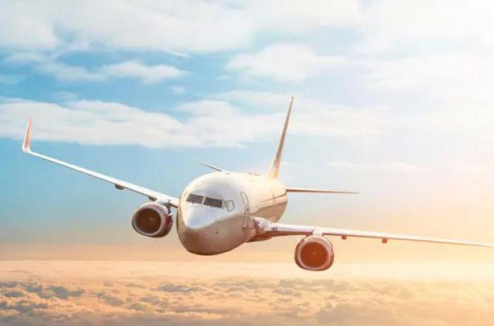 Сообщение с Украиной возобновили две международные авиакомпании