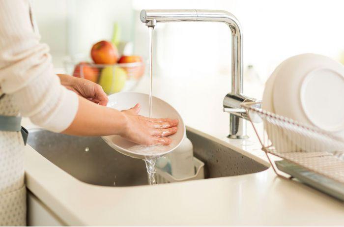 Полезный лайфхак: как вернуть блеск потускневшей посуде