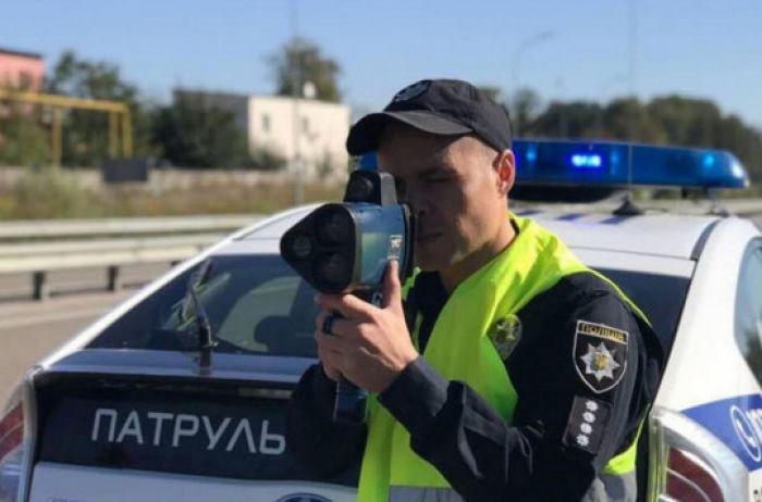 Полиции могут разрешить негласные радары и засады, из-за которых в свое время разогнали ГАИ