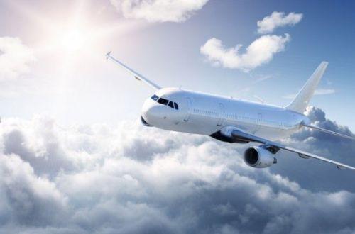 Вот почему самолеты обычно белого цвета