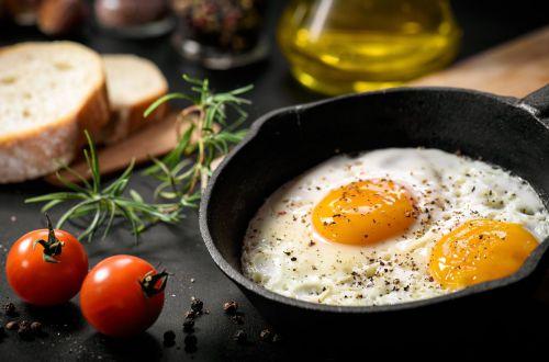 Кандидат медицинских наук назвала самые полезные варианты завтрака
