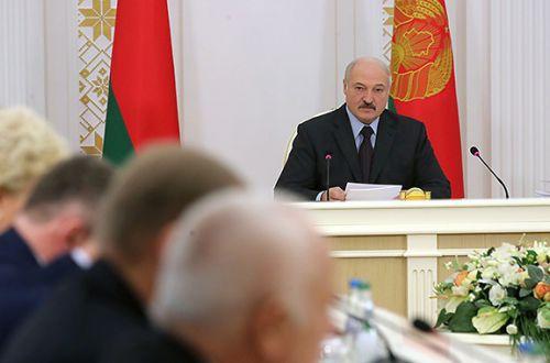 Правительство Лукашенко сложило свои полномочия: все подробности