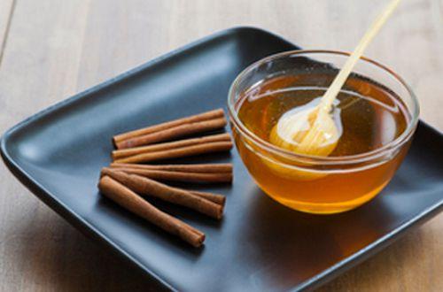 Простой метод, как выбрать качественный мед