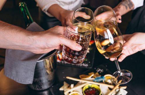 Ученые утверждают, что этот алкогольный напиток замедляет процессы старения