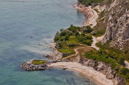 Популярная курортная страна ужесточила правила для туристов из Украины