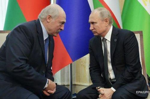 Своей мало? Путин и Лукашенко поговорили о ситуации в Карабахе