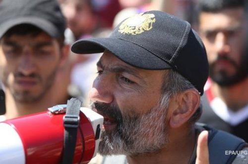 Пашинян: В Карабахе может наступить перемирие, но с одним условием