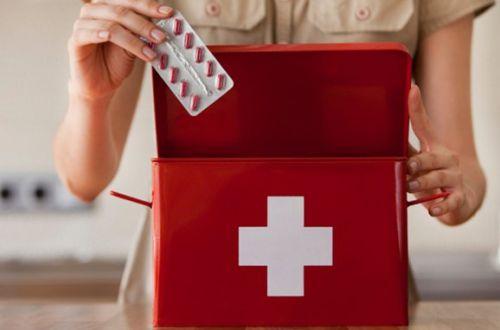 Названы лекарства, которые должны в домашней аптечке в период пандемии