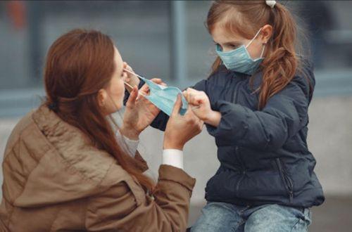 Дети и коронавирус: врач назвал самый опасный возраст