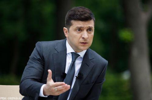 Зеленский сорвался на кинорежиссера из-за обвинения в поставках оружия Баку