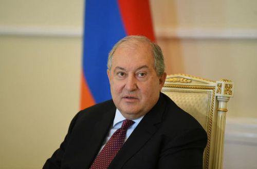 Президент Армении заявил, что узнал о перемирии в Карабахе из прессы