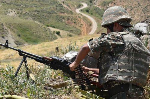 Конфликт в Карабахе может опять вспыхнуть: Сторонники Пашиняна предложили выступить против миротворцев РФ