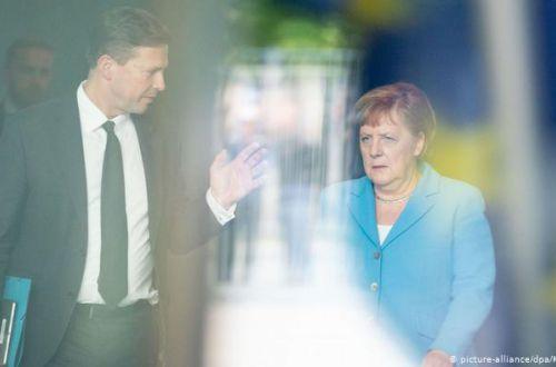 В окружении Меркель большой шпионский скандал