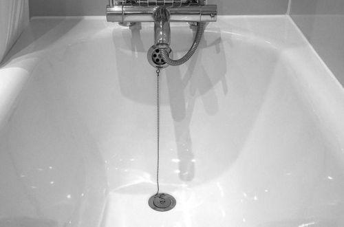 На Херсонщине влюбленные погибли в ванной