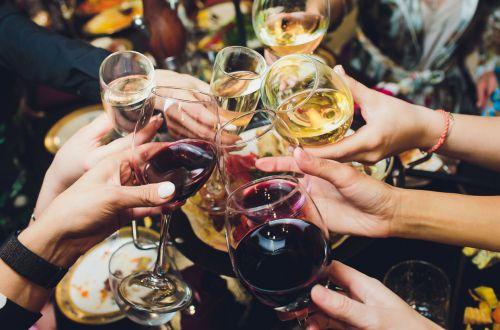 Рейтинг алкоголиков по Зодиаку: кому не следует употреблять спиртное