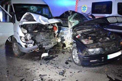 ДТП возле Львова: девять пострадавших