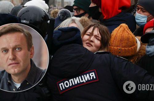 Страны G7 призвали Путина незамедлительно освободить Навального и его сторонников