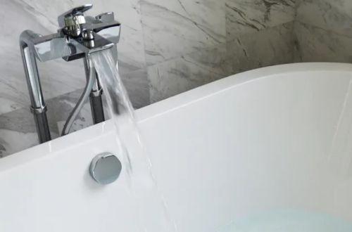 Почему стандартные ванны делают короче человеческого роста