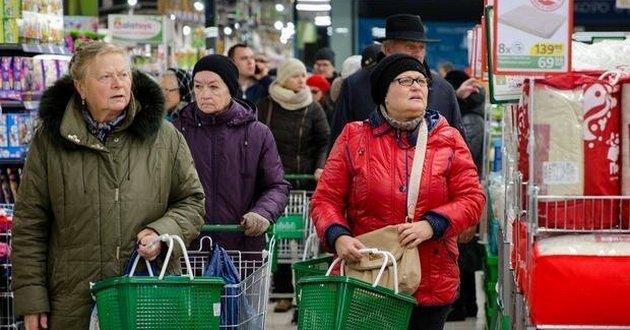 К марту в Украине подорожают три самых популярных продукта